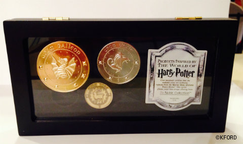 universal-orlando-harry-potter-diagon-alley-collectors-coins.jpg