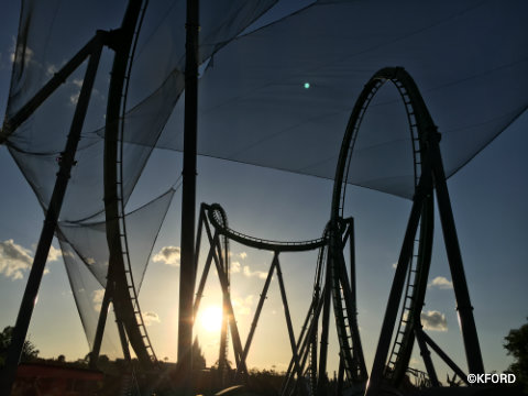universal-orlando-the-hulk-coaster-gradventure.jpg