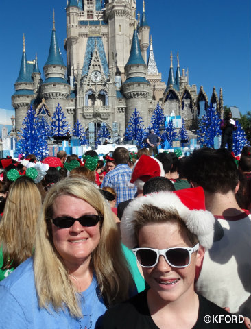 walt-disney-world-christmas-parade-taping-audience.jpg