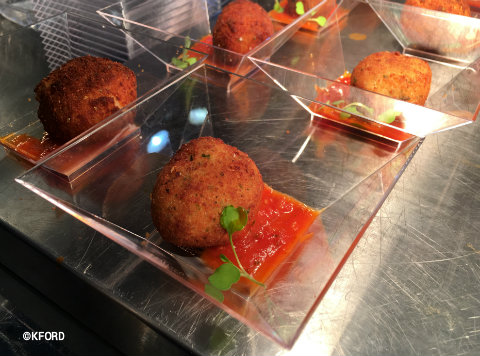 walt-disney-world-swan-dolphin-food-wine-classic-arancini.jpg