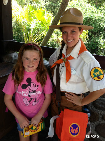 wilderness-explorers-lauren-and-leader.jpg