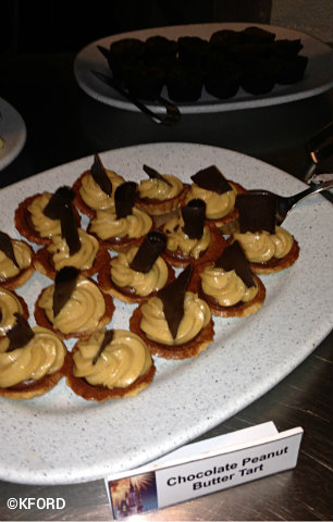 wishes-dessert-party-peanut-butter-tarts.jpg