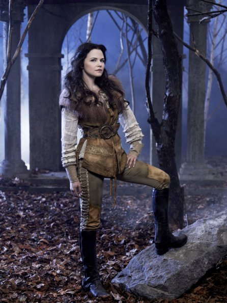 New-Cast-Promotional-Photos-Ginnifer-Goodwin-as-Mary-Margaret-Blanchard-Snow-White-once-upon-a-time-28078804-446-595.jpg