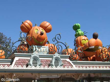 Disneyland Decorated for Halloween