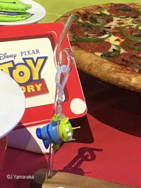 Pixar Fest Alien straw clip
