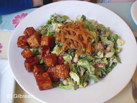 River Belle Terrace Chopped Salad w/Tofu
