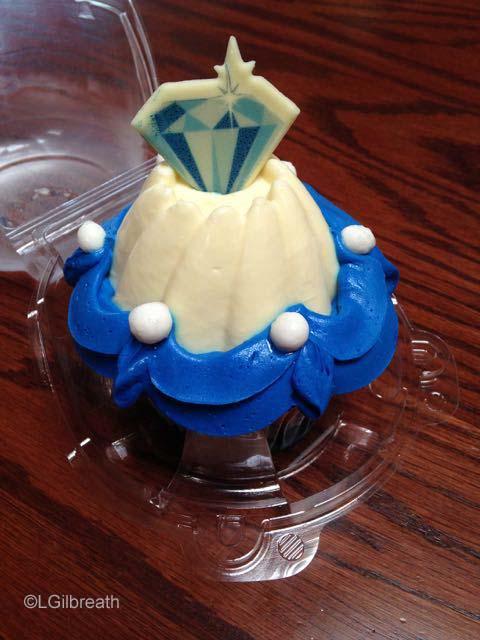 Diamond Anniversary cupcake