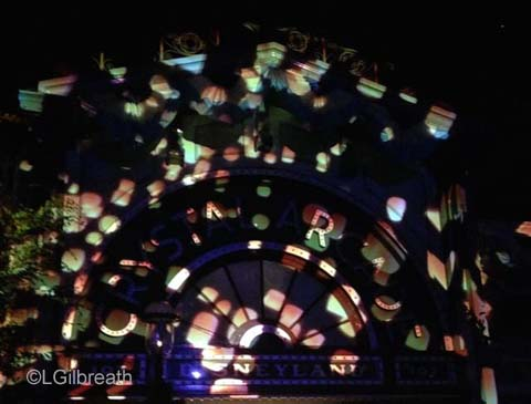 Disneyland Forever Tangled Projection