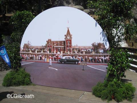 Disneyland 1955 photo spot parking lot