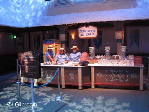 Frozen pre-show Kristoff's Ice Shack