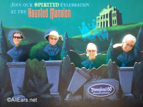 Disneyland Haunted Mansion Photo Spot