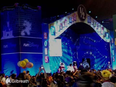 Disneyland 10K stage