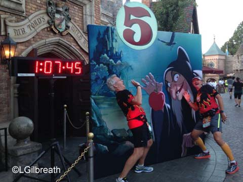 Disneyland 10K 5 mile sign