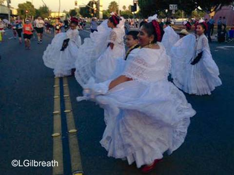 Disneyland 10th Annual Half Marathon mariachi group