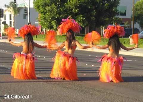Disneyland Half Marathon Polynesian Dancers