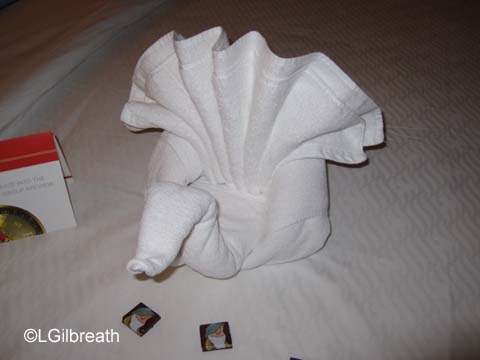 Peacock towel animal