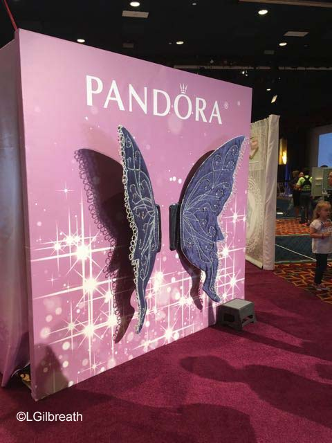 2016 Tinker Bell Half Marathon Expo Pandora Wings