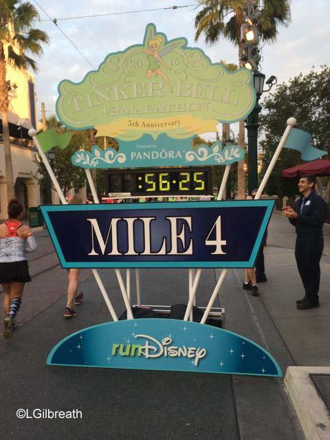 2016 Tinker Bell Half Marathon Mile 4