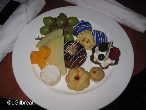 World of Color Dessert Party Plates