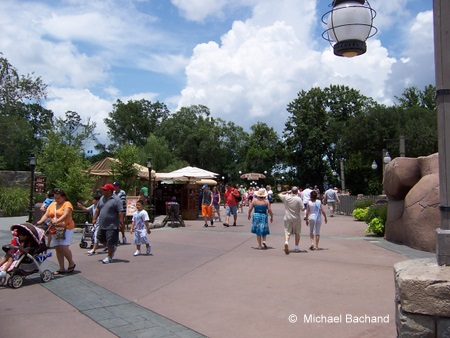 Walking into Canada from United Kingdom