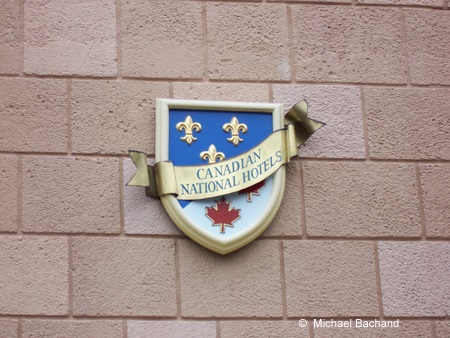 Canada National Hotels Plaque