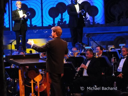 Candlelight Processional Conductor