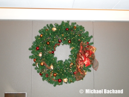 Contemporary Resort decorations