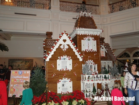 Grand Floridian decorations