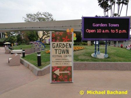 Garden Town sign