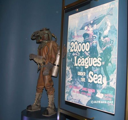 102-0266-living-seas.jpg