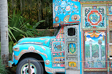 Anandapur Bus at Disney's Animal Kingdom