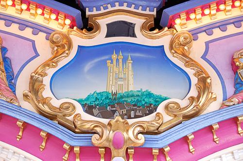 Detail2_Cinderellas_Carrousel_at_Disneys_Magic_Kingdom.jpg