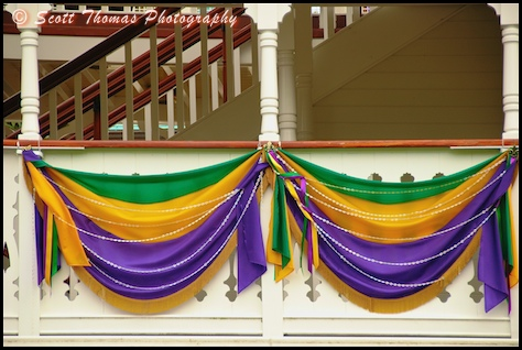 Complementary and analogous colors used to decorate the Liberty Belle in the Magic Kingdom for Tiana's Showboat Jubille, Walt Disney World, Orlando, Florida