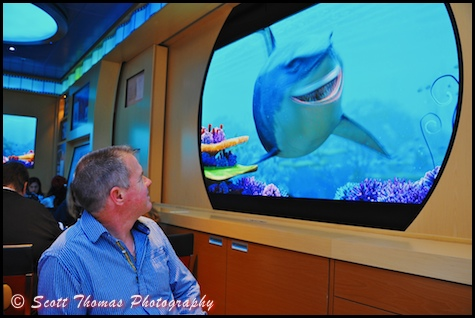 Animator's Palate restaurant featuring interactive characters from Finding Nemo on the Disney Dream cruise ship.