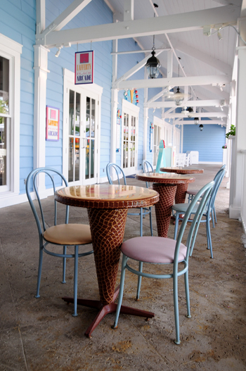 Beaches and Cream Tables