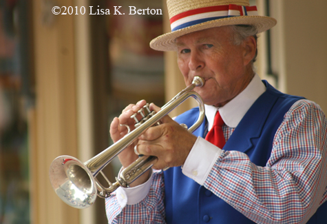 lkb-CMs2010-trumpeter.jpg