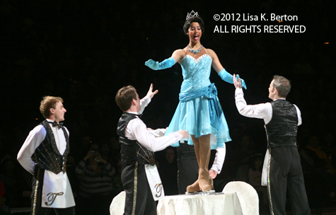 lkb-DisneyIce-LowlightAction-Tiana.jpg