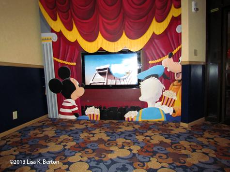 lkb-DisneylandHotel.jpg