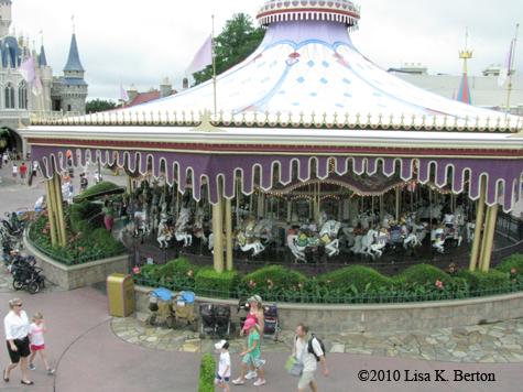 lkb-FlyingDumbo-carousel.jpg