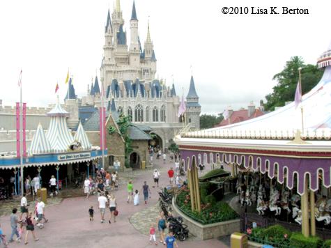 lkb-FlyingDumbo-castle.jpg