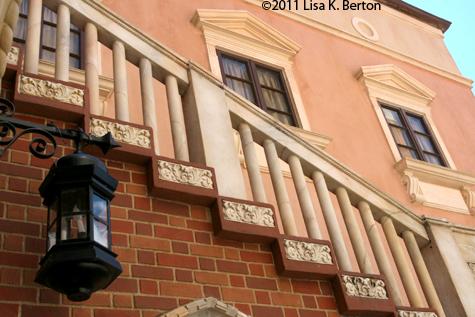 lkb-Lanterns-Italy.jpg