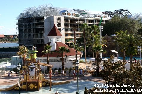 lkb-NewbieGeek-Resorts-GrandFloridian.jpg