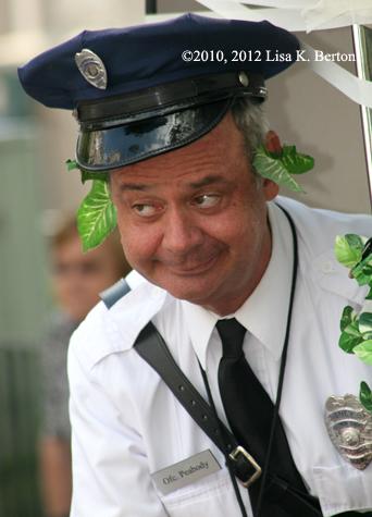 lkb-OfficerPeabody-lookleft.jpg