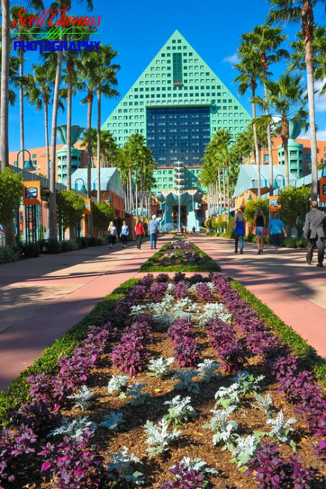 Walkway between the Swan and Dolphin Resorts looking at the Dolphin Resort entrance, Walt Disney World, Orlando, Florida