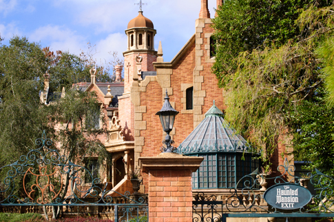 Haunted Mansion Gate