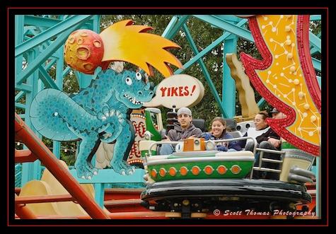 Yikes! Riding the Primeval Whirl in Disney's Animal Kingdom, Walt Disney World, Orlando, Florida