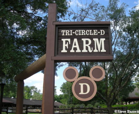 Ft. Wilderness Tri Circle D Farm Sign