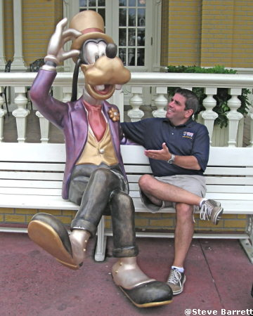 Lou and Goofy