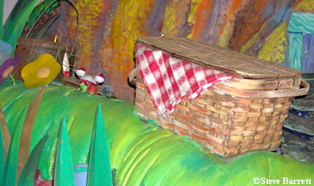 Splash Mountain Hidden Mickey