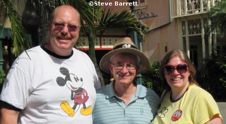 Yvonne Mulfinger and Brian Mulfinger with Steve